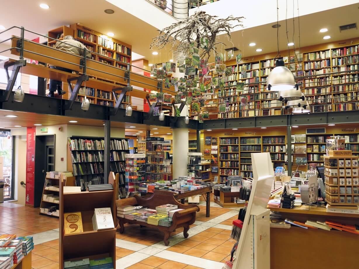 c85a9ce6c19 Ο Ευριπίδης στη λίστα με τα ωραιότερα βιβλιοπωλεία του κόσμου!